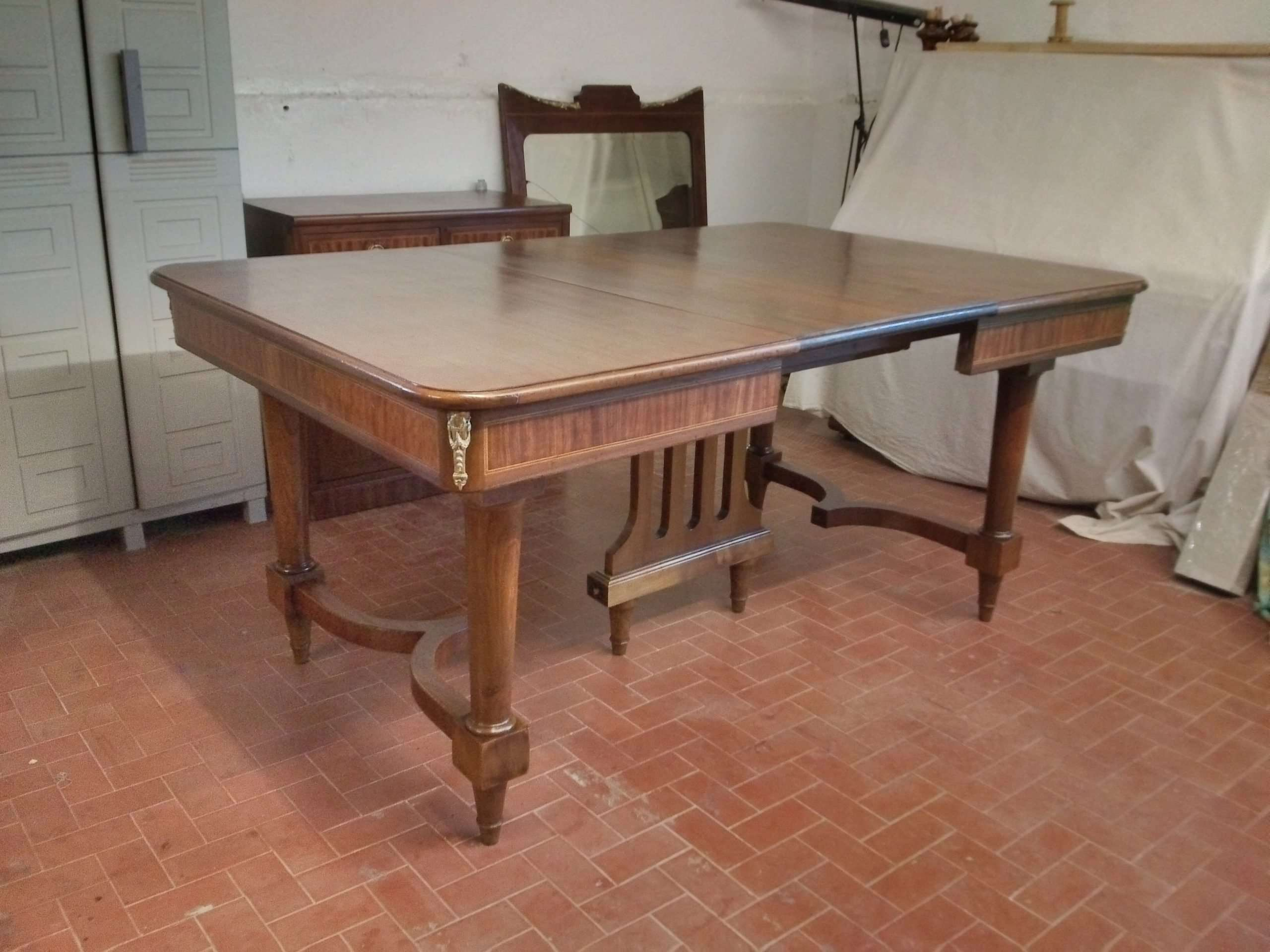 Neoclassical walnut table chairs restoration