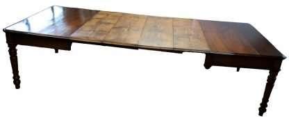 Esstisch im Jahr 1800 restauriert in Kirsch- und Kastanienholz ausfahrbaren 3 Meter