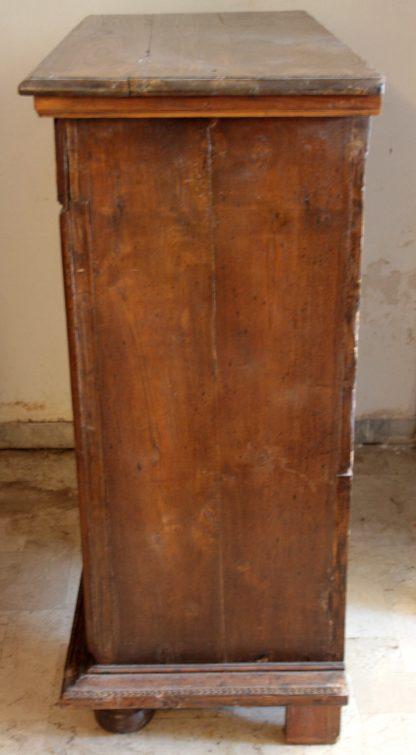 Antiker französischer Stipone in Nussbaum im Renaissancestil
